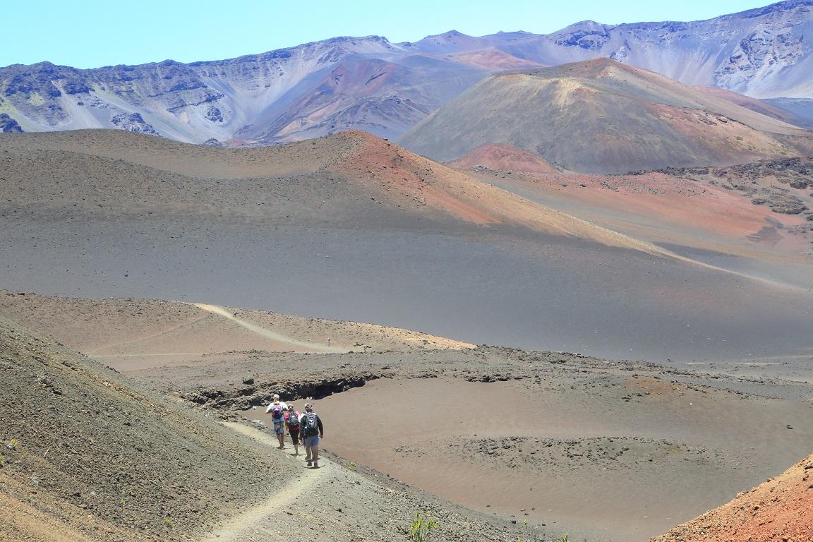 [Image: Haleakala_hike.jpg]